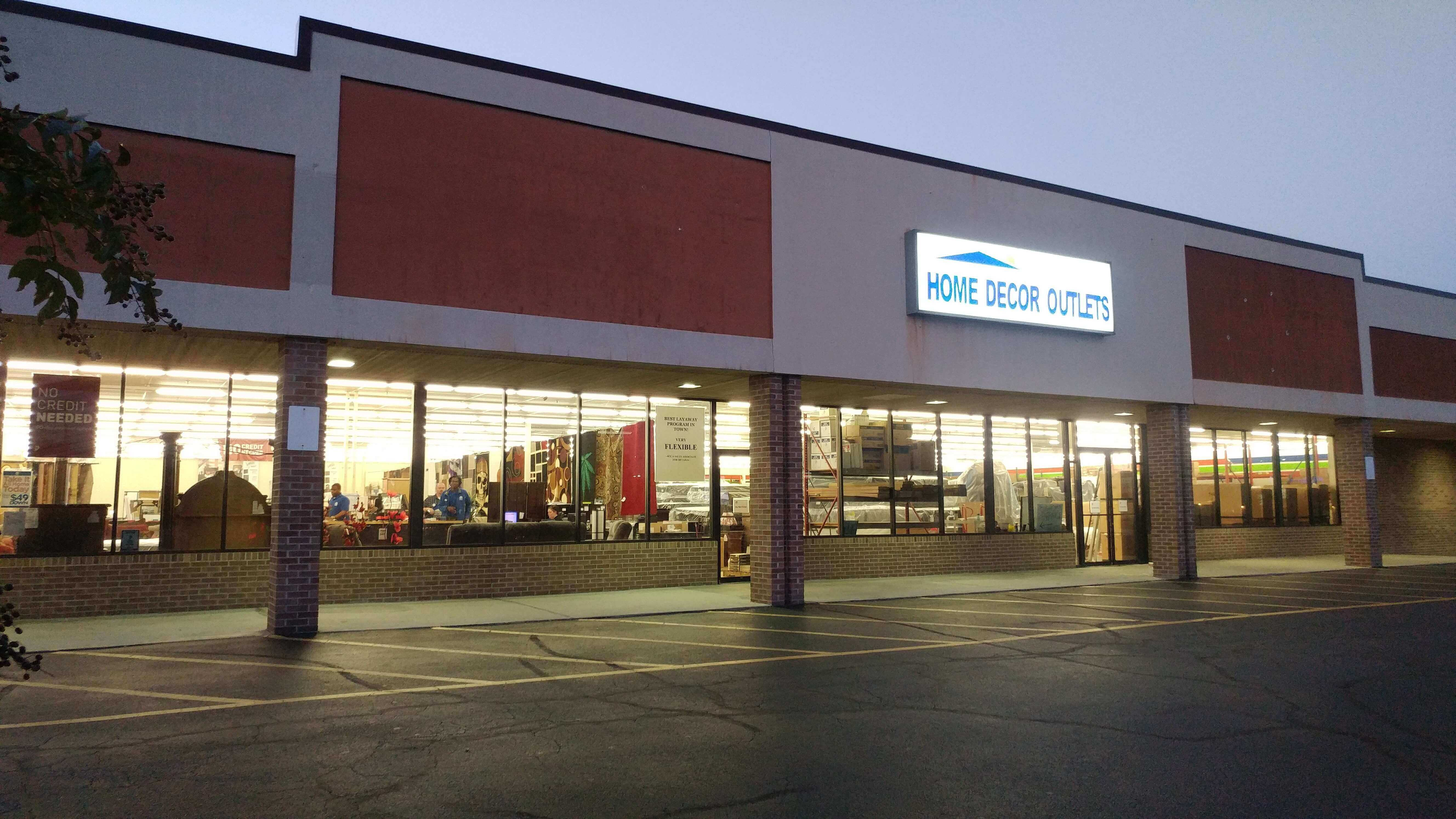 The Best Furniture And Mattress Store Near You Home Decor Outlets